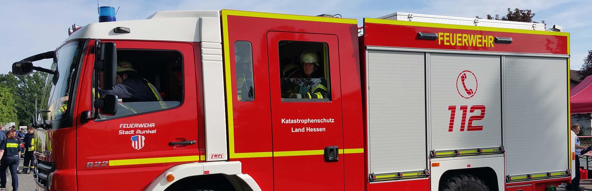 Bobby Car Vorsichtig Bobbycar Feuerwehr Anhänger Rot Mit Leiter Kinderfahrzeuge